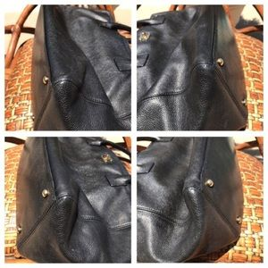 CHANEL Bags - Chanel Cerf Executive Tote Leather. Authentic.